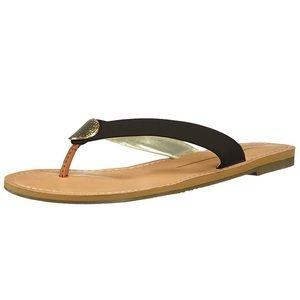 Report black flip flops